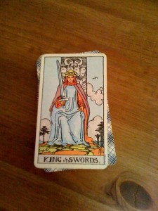 Should you read your own tarot cards