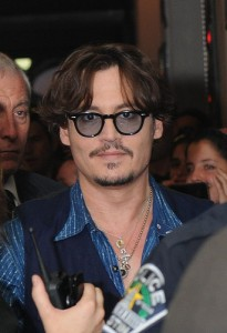 Johnny Depp rekindles romance with Amber Heardv